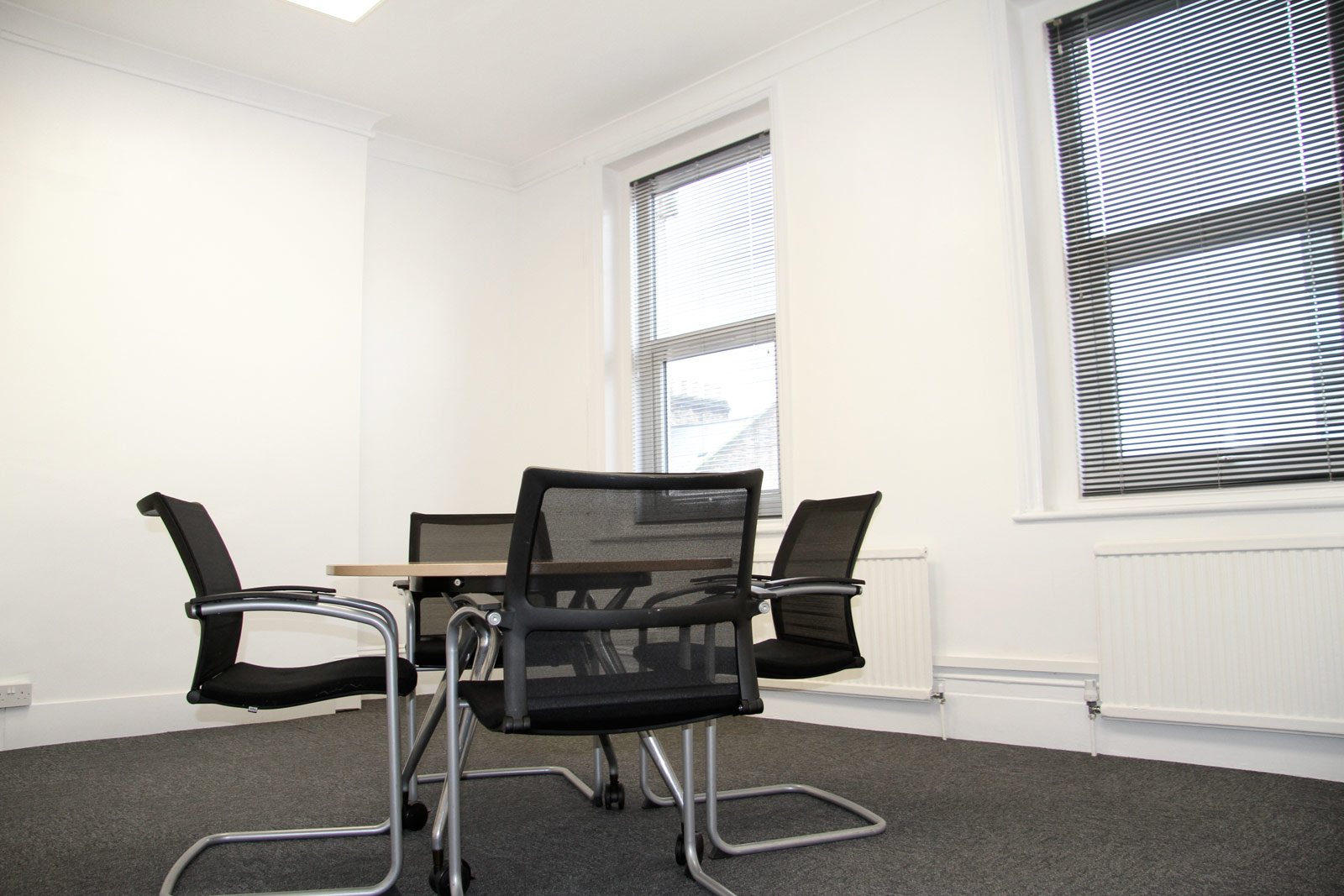 We are a UK-London based Serviced office & Virtual Office provider, serving businesses successfully since 2012. Our business is helping your business to flourish. At SBN, we like to think of ourselves as a one-stop solution for business administration, providing our customers with the tools they need to get – and keep – one step ahead of the competition.